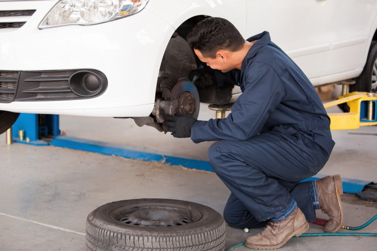 5 Warning Signs Need Replace Brakes